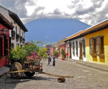 City Tour Guatemala, Antigua Guatemala Hobbitenango, (2 días 1 noche)